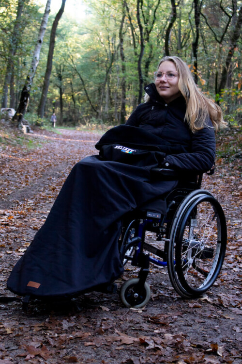 Wheelchair blanket with footmuff- Belieff 1